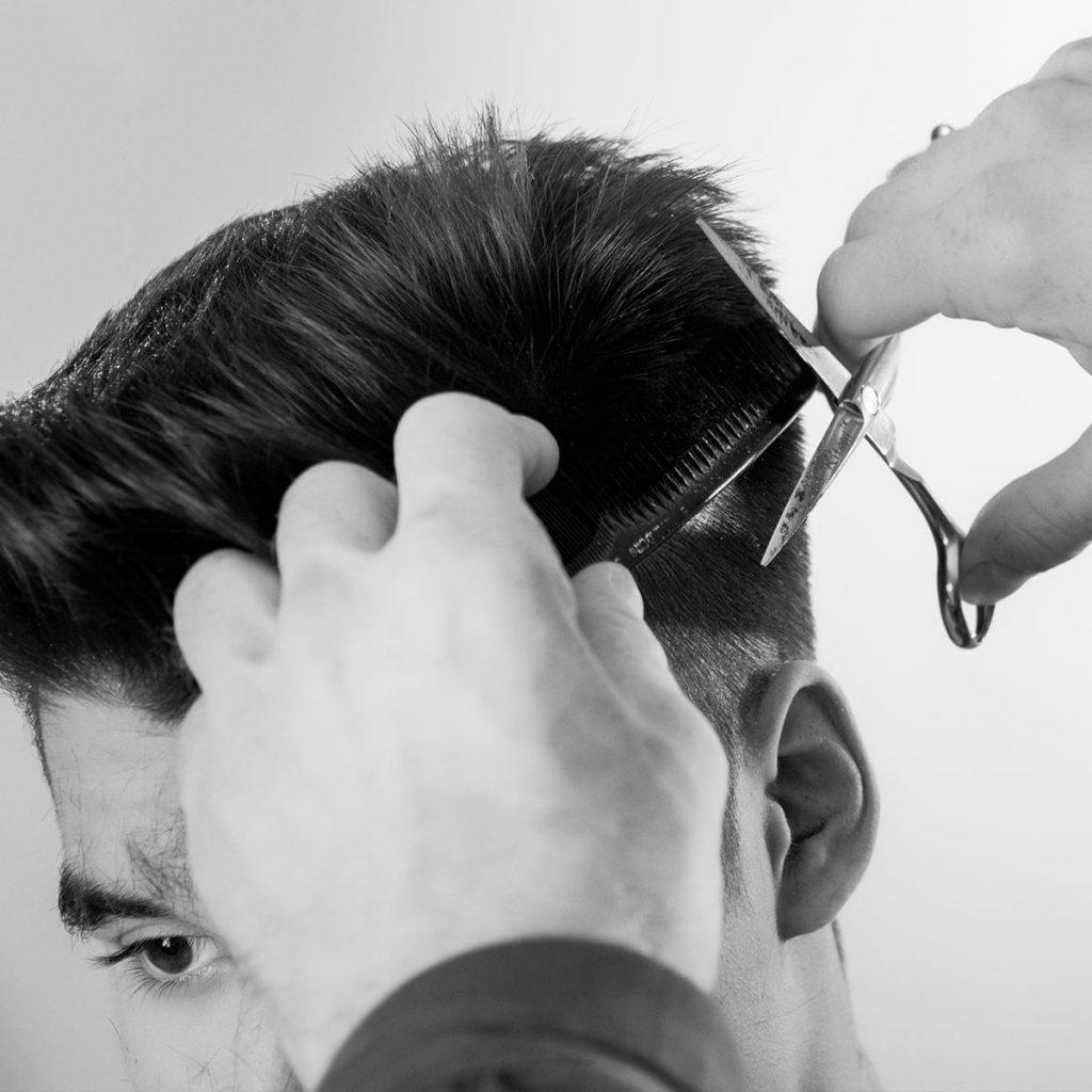Renueva tus conocimientos con el curso de barbería, una apuesta de futuro